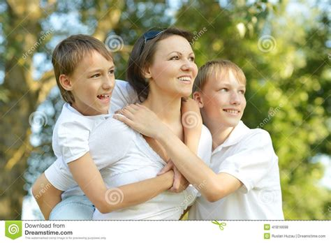 hijo folla su madre dormida madre se coge hijo dormido hijo folla a su madre