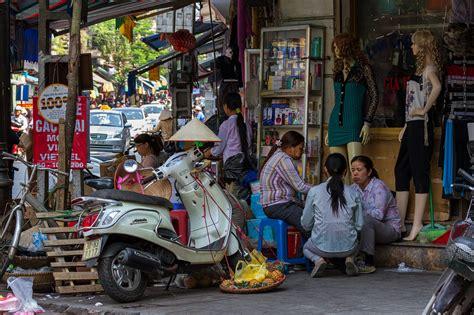 G. Diel Digital Imaging: Vietnam, Hanoi