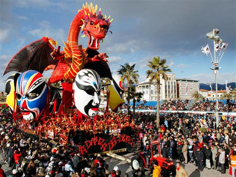 festival italia stop everything you re doing and check out the carnevale