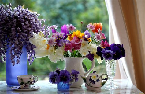 Beautiful Vase Of Flowers by Beautiful Flowers In A Vase Viola Violet Pansy