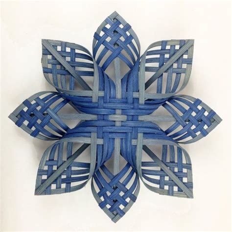pattern for woven snowflake ornament 302 best images about christmas decorations on pinterest