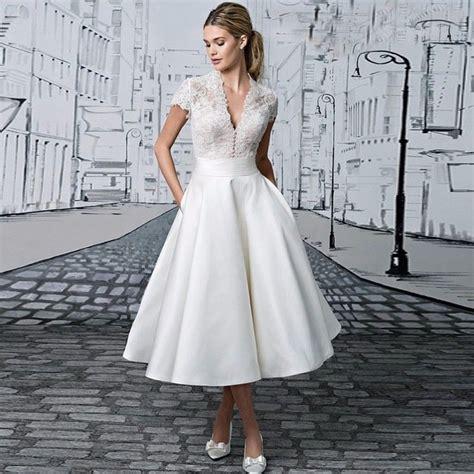 Dress Selutut Model V Neck 12 gaun pernikahan khusus resepsi ala garden anti