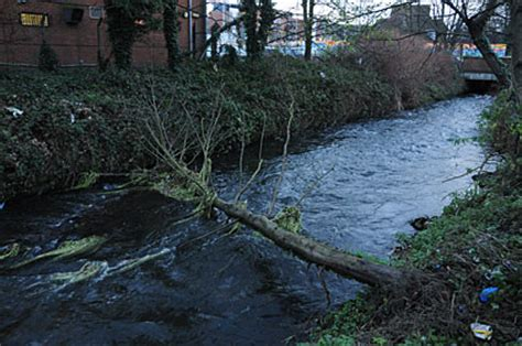 wandle industrie look merton mills and colliers wood morden park and