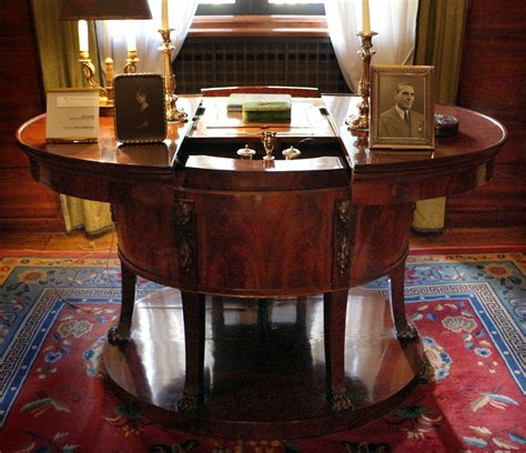 scrivania stile impero file socci scrivania da co in stile impero