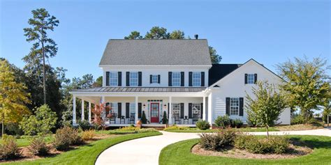 traditional farmhouse house plans
