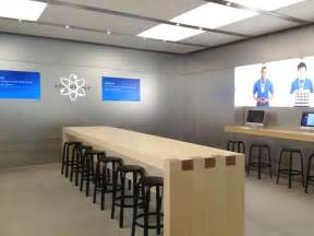 apple testing increased genius bar table size for some