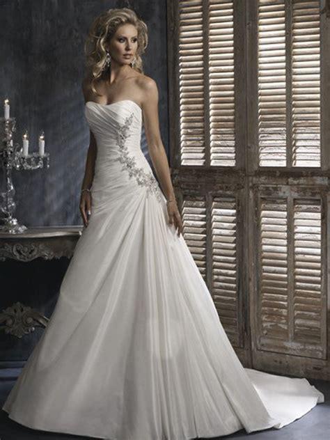 tips choose perfect wedding dress wedding dress city