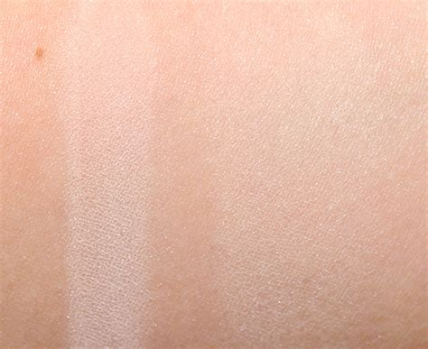 hourglass ethereal light ambient lighting powder review