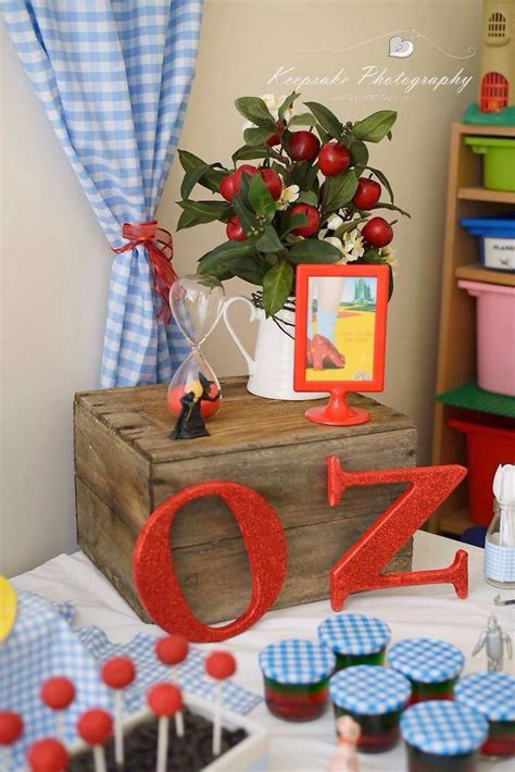 Wizard Of Oz Decorations by 429 Best Images About Wizard Of Oz Ideas On