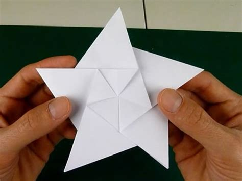 Simple Origami Shapes - folding 5 pointed origami ornaments