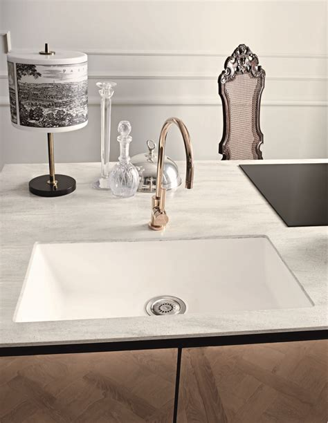 Corian Ideas by 17 Best Ideas About Dupont Corian On