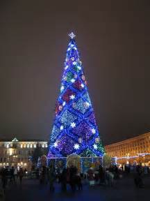 christmas tree in kiev ukranian christmas lights 2