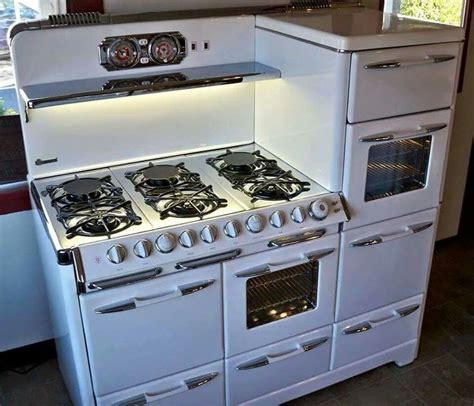 reproduction kitchen appliances 24 best antique new and old ovens stoves images on
