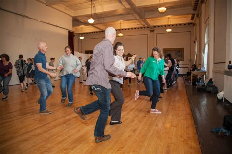 swing classes beginning swing dance classes with portland swing project