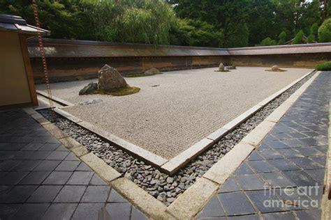 ryoanji rock garden ryoanji garden design garden design