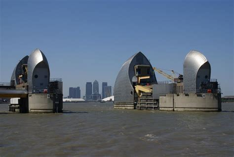 thames barrier opening adaptive strategies in managing climate change risk
