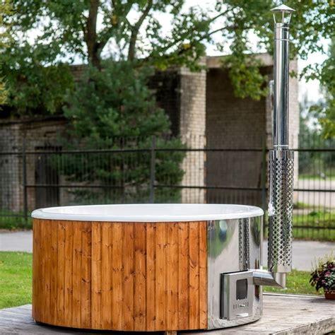 vasca in legno vasca da esterno a tinozza in legno e vetroresina ottimo
