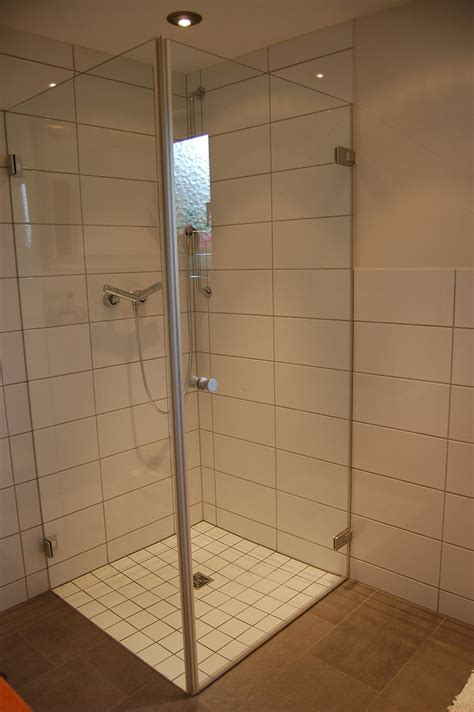 duschwanne ebenerdig duschkabinen glas r 228 dle singen tuttlingen konstanz