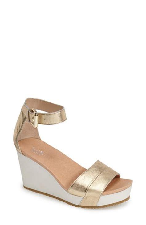 dr scholls wedge sandals dr scholls warner wedge sandals in gold platinum leather