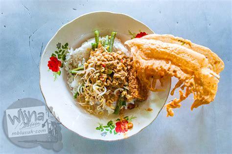 Peyek Renyah Enak Murah maw mblusuk makanan enak murah di kediri itu bernama pecel tumpang