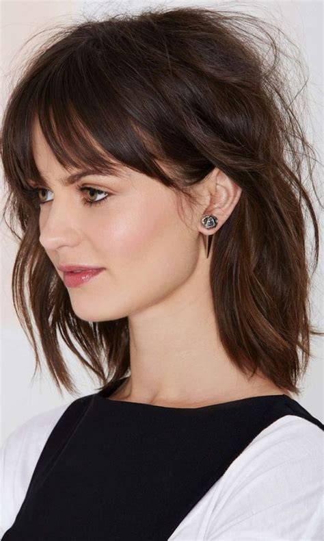 Easy Hairstyles For Medium Hair With Bangs by 25 Easy Hairstyles For Medium Length Hair On Haircuts