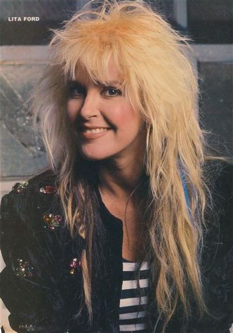 ideas  lita ford  pinterest joan jett wiki joan jett  heavy metal guitar