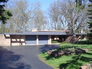 Modern Frank Lloyd Wright Style Homes 3960 Mystic Valley Drive 3 Beds 2 Baths
