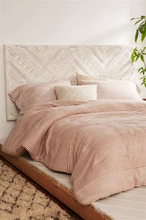 amira carved wood headboard urban outfitters awesome