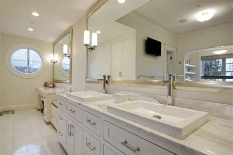White Vanity Mirror For Bathroom by 3 Simple Bathroom Mirror Ideas Midcityeast