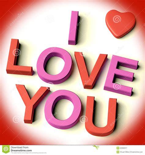 lettere ti amo lettere che ortografano ti amo con il cuore fotografia