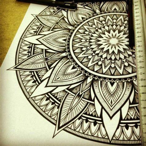 tattoo mandala zum ausdrucken 40 mandala vorlagen mandala zum ausdrucken und ausmalen