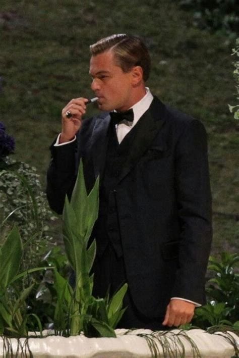 leonardo dicaprio the biography review 17 best images about gatsby on pinterest isla fisher