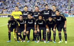 Top football wallpapers real madrid team new wallpapers 2012