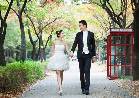 Casual Wedding Photoshoot by Why Should I Go For A Korea Photoshoot