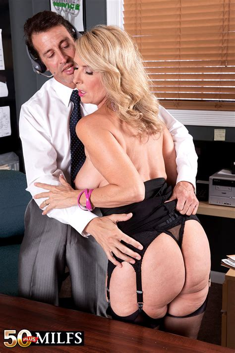 sex Hd Mobile pics 50 plus milfs laura layne My Favorite Busty Thread