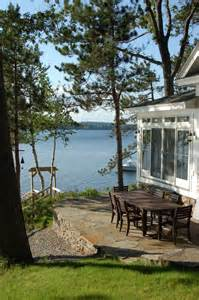 Small Lake Cottage Decorating Ideas by Small Cottage Backyard Patio