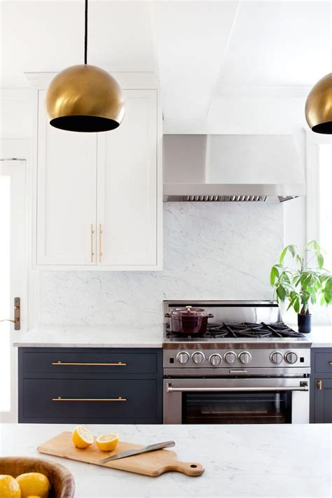 Cabinet Bras by 1000 Ideas About Brass Cabinet Hardware On