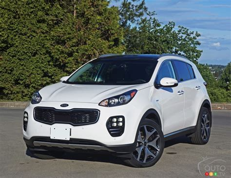 Kia Sportage Weight 2017 Kia Sportage Sx Punches Way Above Its Weight Car