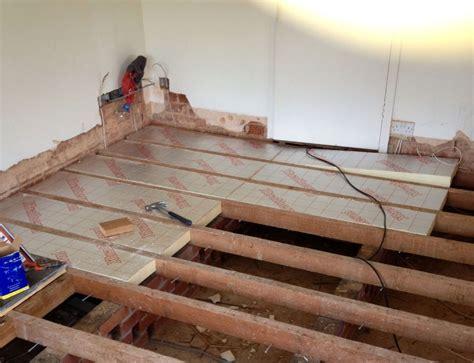 insulating  floor boards