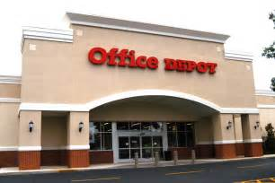 office depot closing 400 us stores and wall is