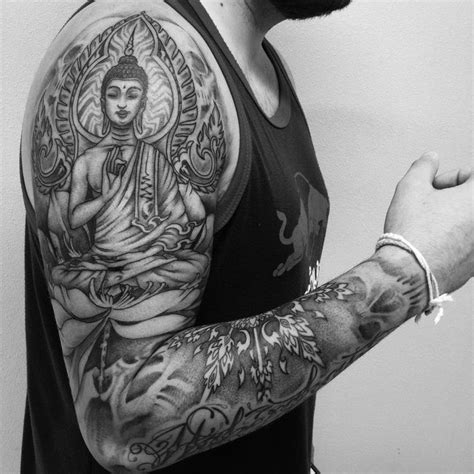 tattoo london 16 years las 25 mejores ideas sobre tatuajes budistas en pinterest