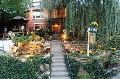 gaslight bed and breakfast uptown cincinnati b bs rentals