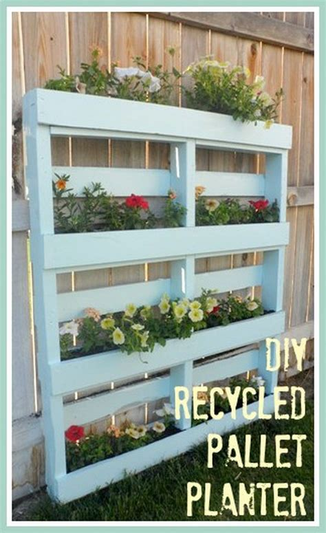 Diy Outdoor Planters by Diy Recycled Pallet Planters Recycled Things