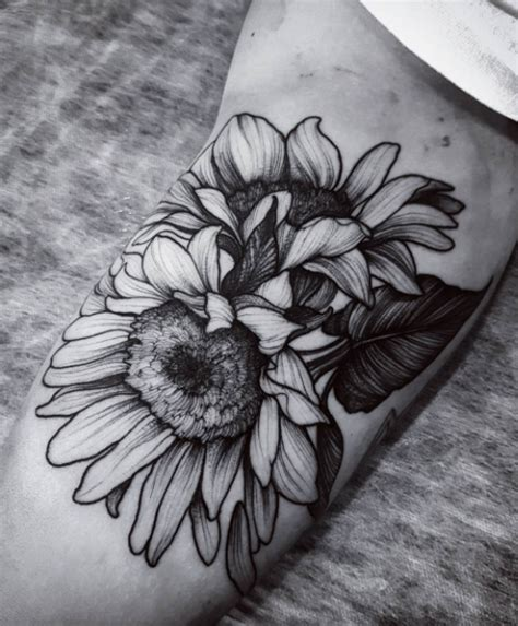 Cute Sunflower Tattoo Inkstylemag Black And White Sunflower Shoulder