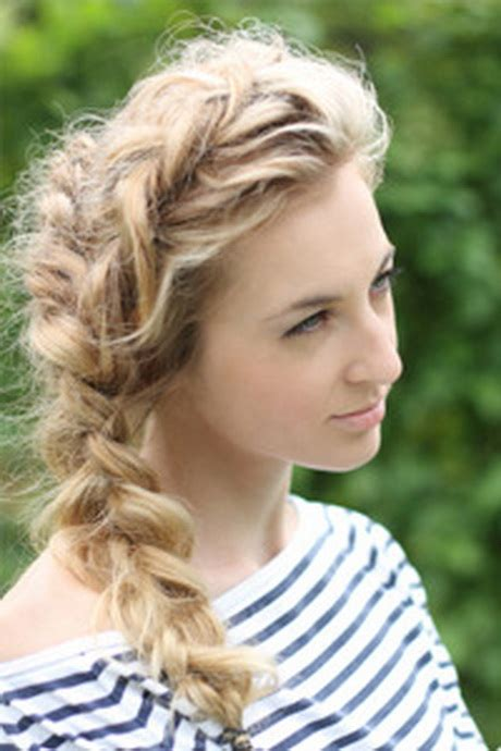 curly hairstyles plait loose side braid curly hair hairstylegalleries com