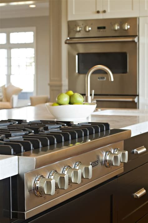 Kitchen Island Stove Design Ideas Kitchen Island With Sink And Stove Top