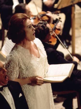 Bernard Herrmann Torn Curtain Joan Sutherland A Life In Pictures Dame Joan Sutherland