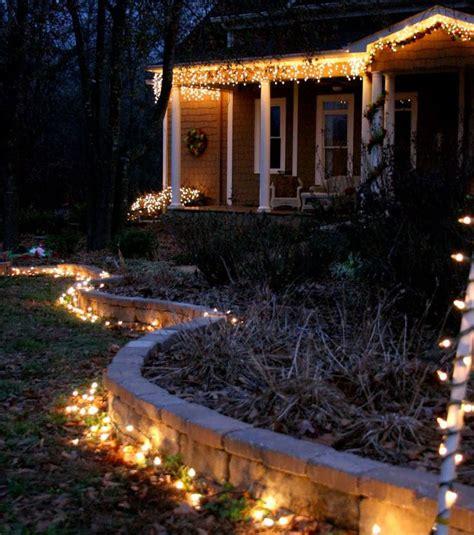 Lumiere De Noel Exterieur Maison by Photo D 233 Co No 235 L Ext 233 Rieur Des Lumi 232 Res Dans Le Jardin