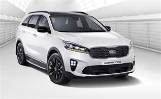 The New Kia Sorento 2018 Kia Sorento Revealed Updated Tech And Design