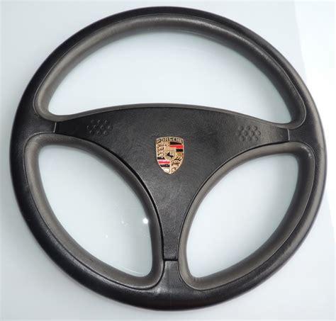 volanti in pelle volante momo bertone auto retro italia